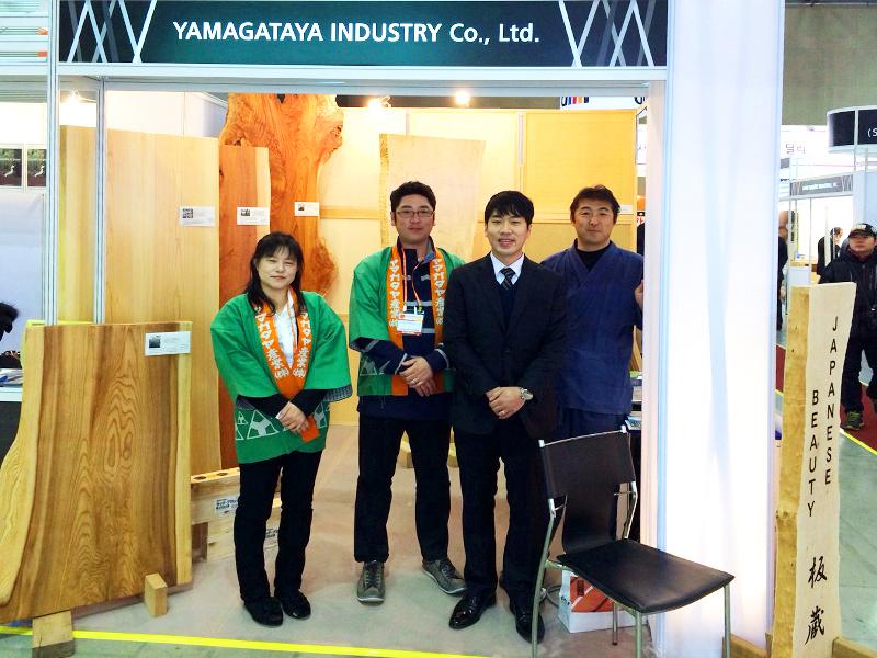 韓国での展示会の様子